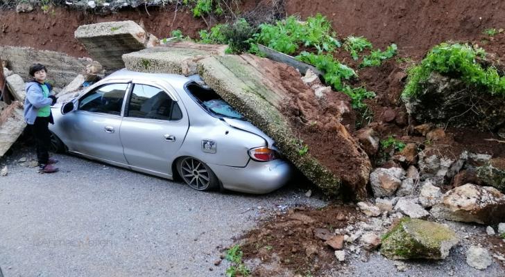 صورة من موقع الانهيار