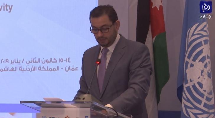 الوزير طارق الحموري ألقى كلمته في المنتدى وغادر على الفور