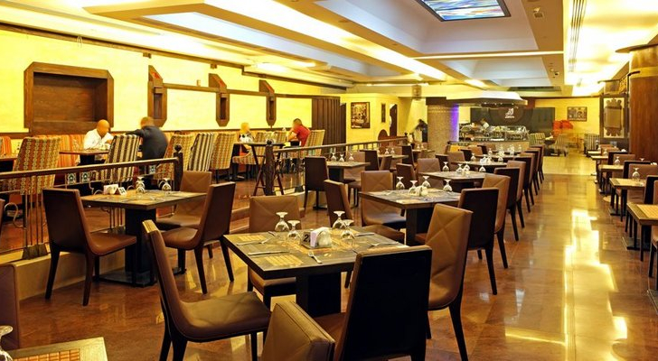 مطعم في السعودية - ارشيفية