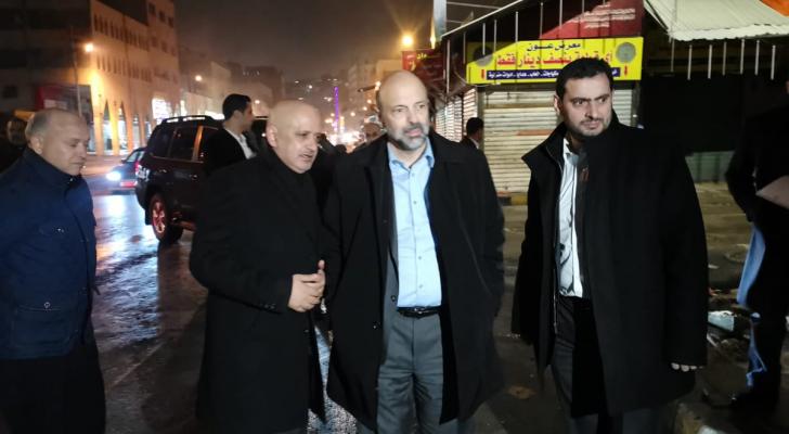 الرزّاز يعود إلى أرض الوطن قادماً من لندن ويتّجه على الفور إلى وسط العاصمة عمّان