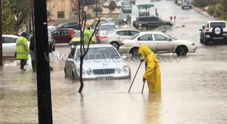 صورة من غرق عمان الخميس الماضي