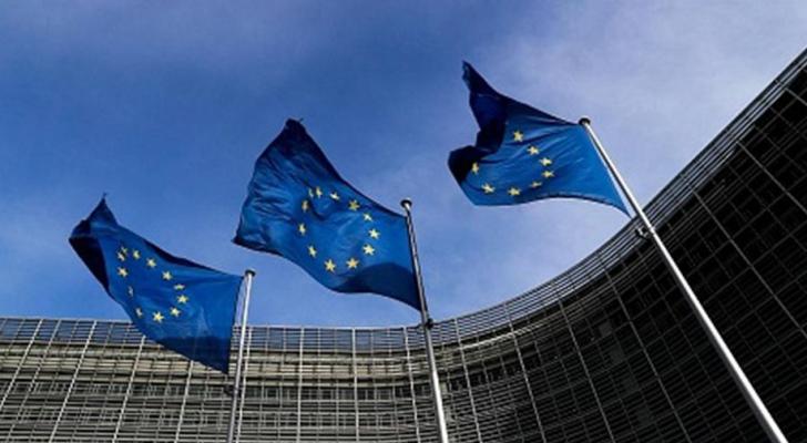الاتحاد الأوروبي يتبني قائمة سوداء جديدة للملاذات الضريبية
