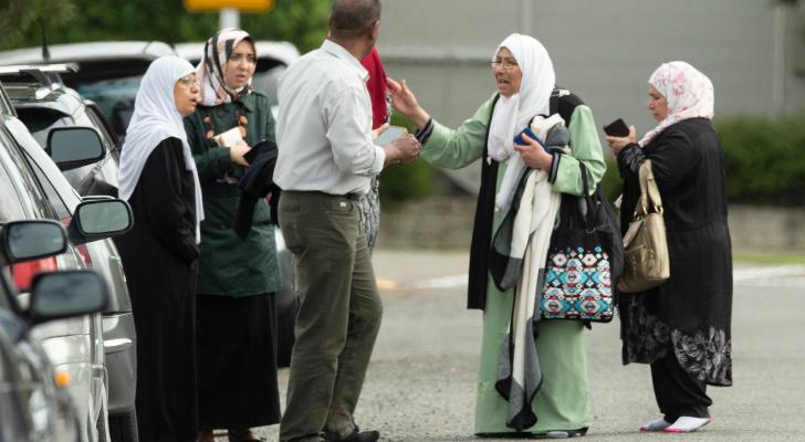 عائلات تسأل عن ذويها بعد مجزرة نيوزيلندا