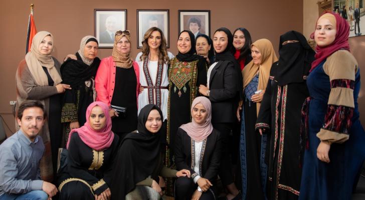 جنب من زيارة جلالة الملكة رانيا