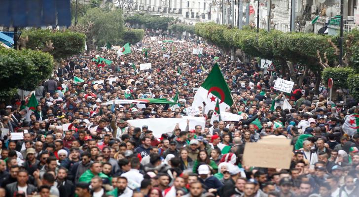 من الاحتجاجات في الجزائر