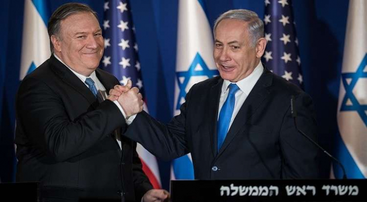 وزير الخارجية الأمريكي مايك بومبيو ورئيس وزراء الاحتلال بنيامين نتنياهو