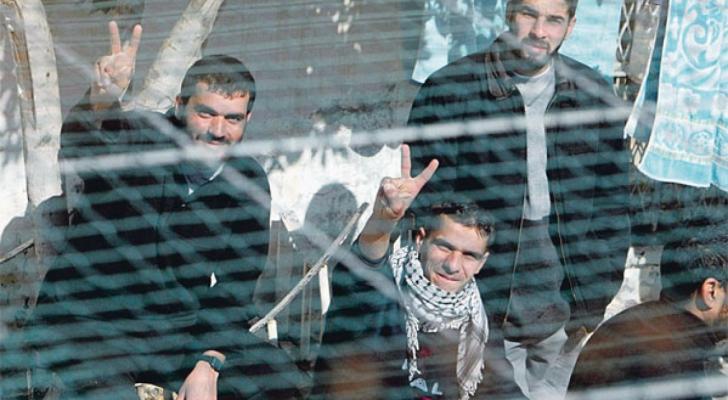 الاسرى الفلسطينيين في سجون الاحتلال - ارشيفية