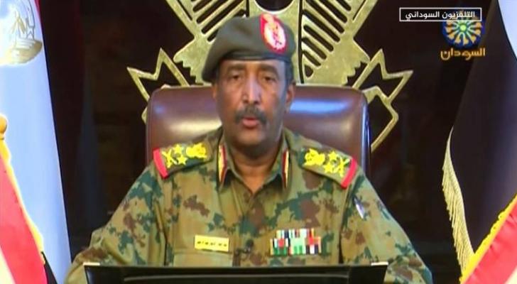 فسيعلق الاتحاد مشاركة السودان في كافة الأنشطة