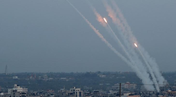 إطلاق صواريخ من قطاع غزة باتجاه الاحتلال