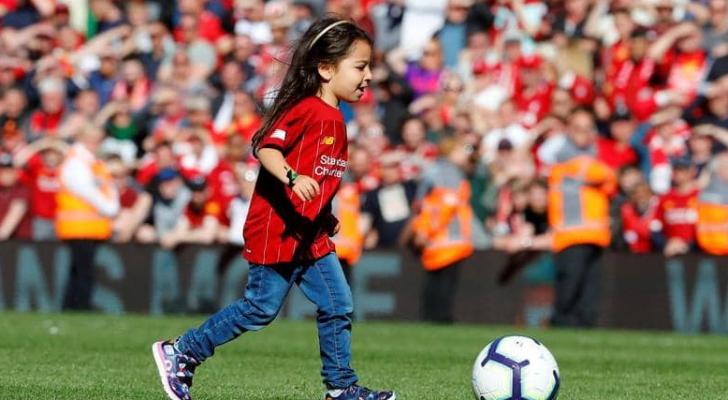 نال محمد صلاح الحذاء الذهبي كأفضل هداف في الدوري الإنجليزي لكرة القدم