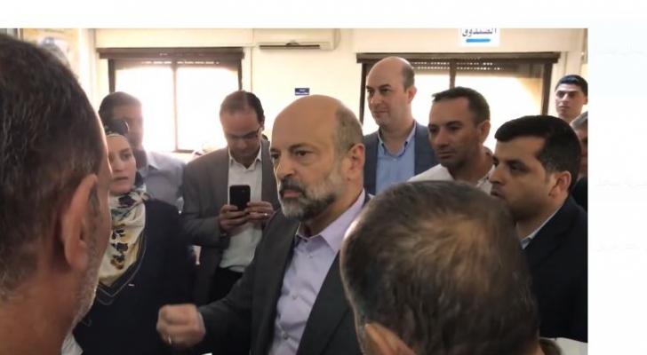 الرزاز حذر مديرية دائرة اراضي غرب عمان بقوله قد أعذر من أنذر