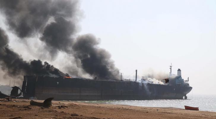 """ناقلة النفط السعودية أمجاد التي تعرضت لعمل """"تخريبي"""""""