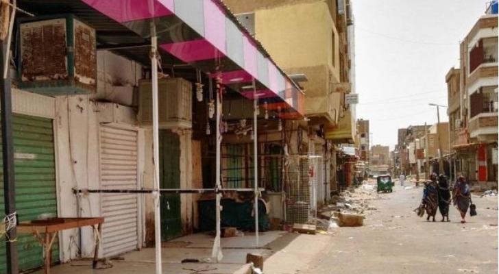 المتاجر لا تزال مغلقة في الخرطوم في اليوم الثالث للعصيان المدني