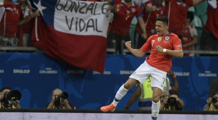 تشيلي إلى ربع النهائي