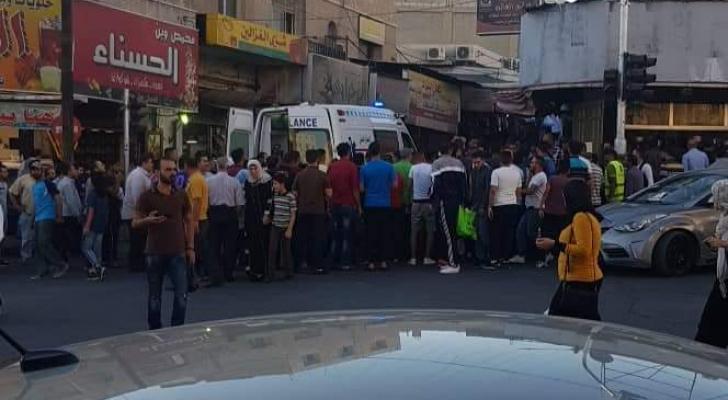 اصابتان باطلاق نار من سيارة مجهولة في وسط البلد بمدينة اربد