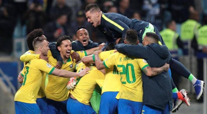 البرازيل فازت بركلات الترجيح