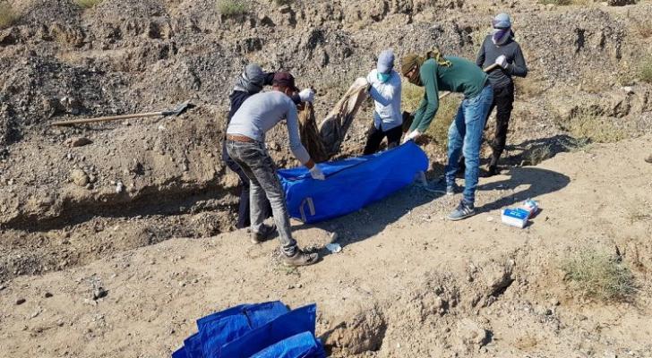 بدأ الفريق العمل في المقبرة بعد العثور عليها قبل شهر