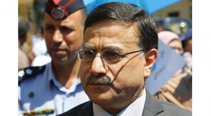 وزير المالية عز الدين كناكرية