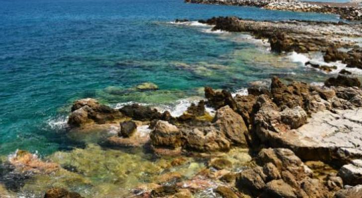 مياه ساحلية - تعبيرية
