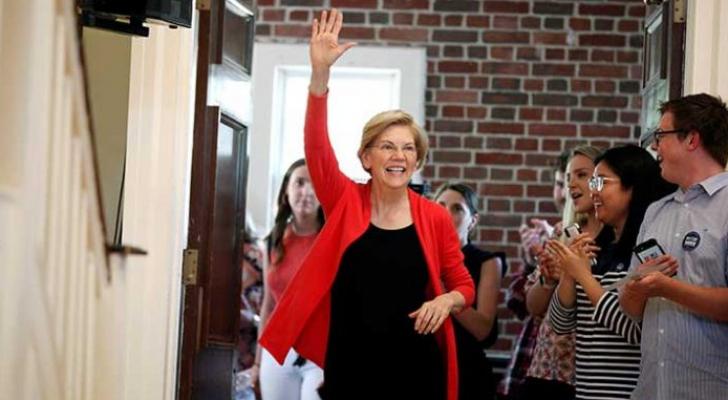 لمرشحة الديمقراطية المحتملة لانتخابات الرئاسة الأمريكية إليزابيث وارن - ارشيفية