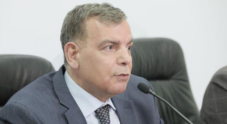 وزير الصحة الدكتور سعد جاب