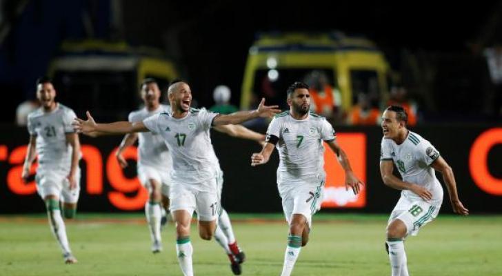 لاعبو الجزائر