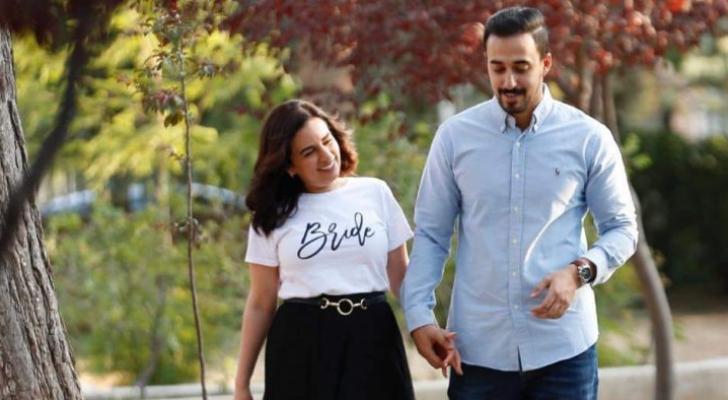 الصورة للشاب المرحوم محمود ملحم وزوجته