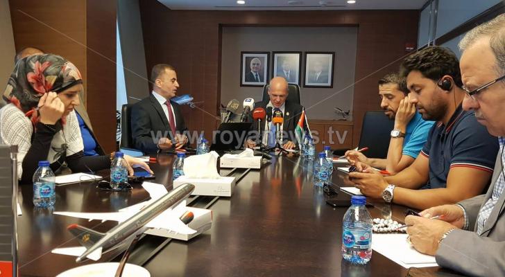 المدير العام والرئيس التنفيذي للملكية الأردنية، ستيفان بيشلر خلال المؤتمر الصحفي