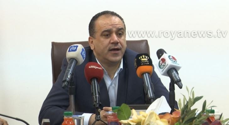 وزير الزراعة ووزير البيئة إبراهيم الشحاحدة