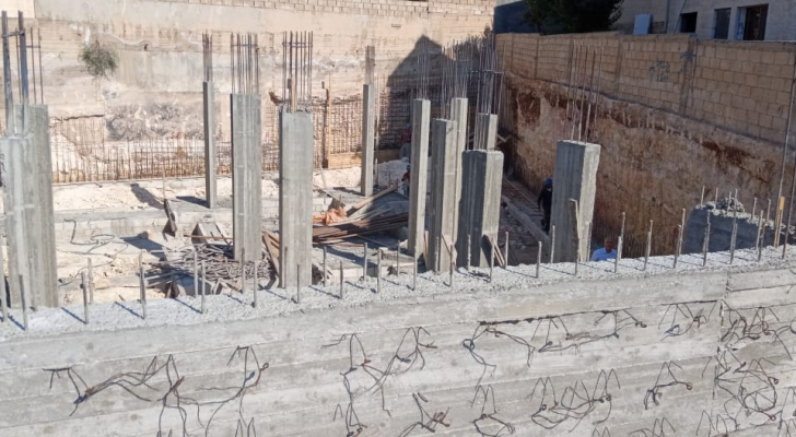 ورشة بناء في العاصمة عمان