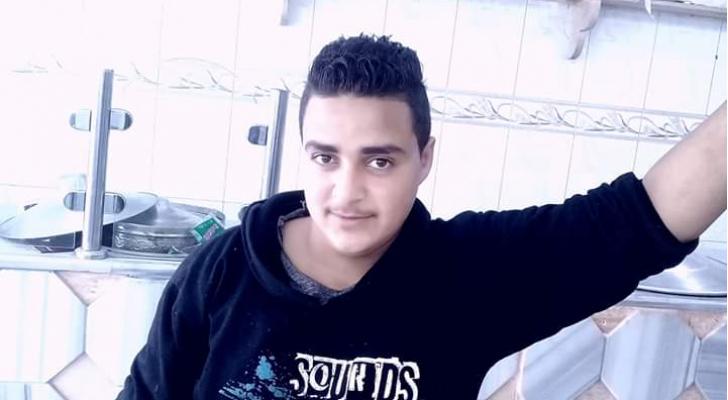 الفتى سائد وائل ابو سيف البالغ من العمر 17 عامًا
