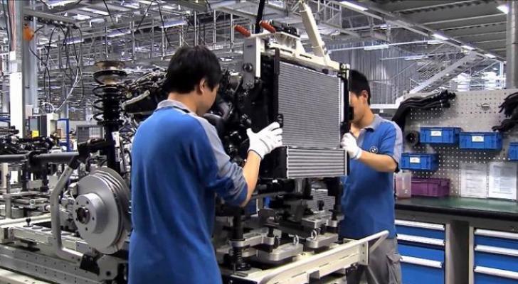 عمال مصانع في الصين - ارشيفية