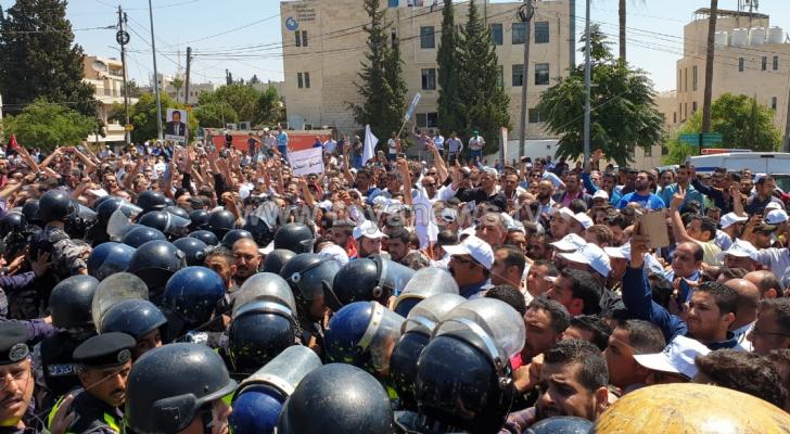 من اعتصام نقابة المعلمين بالقرب من الدوار الرابع - ارشيفية