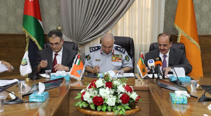 اتفاقية تعاون أكاديمية ما بين الدفاع المدني والجامعتين الأردنية والبلقاء التطبيقية
