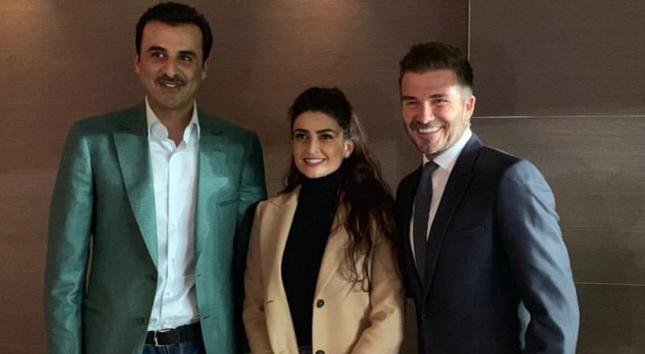 علا الفارس مع أمير قطر واللاعب الإنجليزي بيكهام
