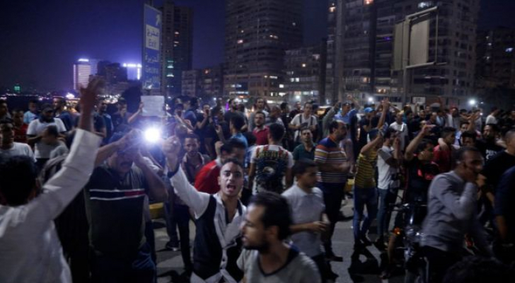اعتقال أكثر من ألف شخص بعد التظاهرات المناهضة للسيسي في مصر