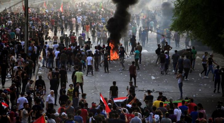 تجدد التظاهرات وإطلاق الرصاص الحي في وسط بغداد