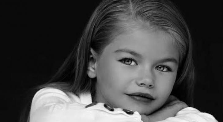 """الطفلة الروسية """"ألينا يكوبوفا"""""""