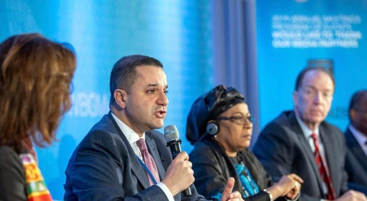 وزير التخطيط قدم نصائح للبنك الدولي وصندوق النقد