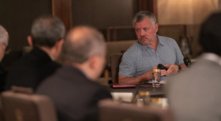 الملك يشارك في سلسلة ورشات عمل مكثفة مع شخصيات اقتصادية وبرلمانية وأكاديمية وإعلامية