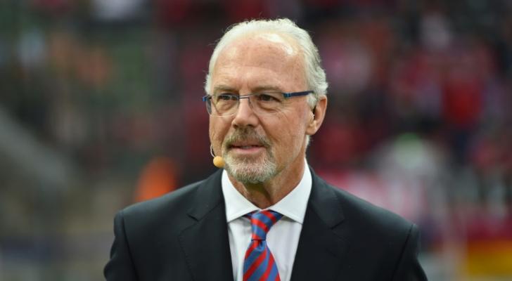 """اسطورة كرة القدم الالمانية """"القيصر"""" فرانتس بكنباور"""