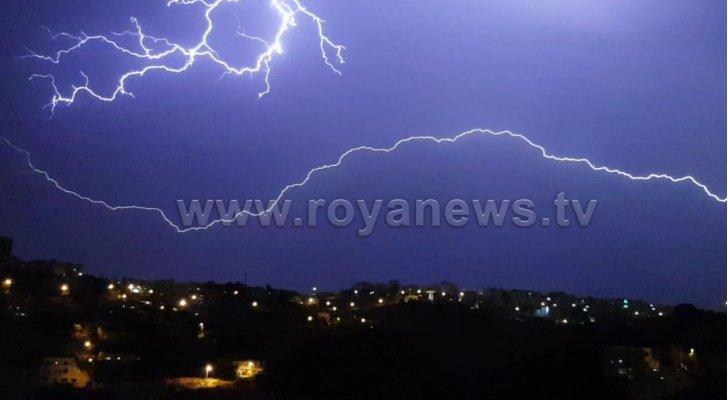 الأرصاد تحذر من خطر تشكل السيول والعواصف الرعدية في الأردن