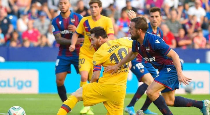 كامبانيا تألق أمام برشلونة
