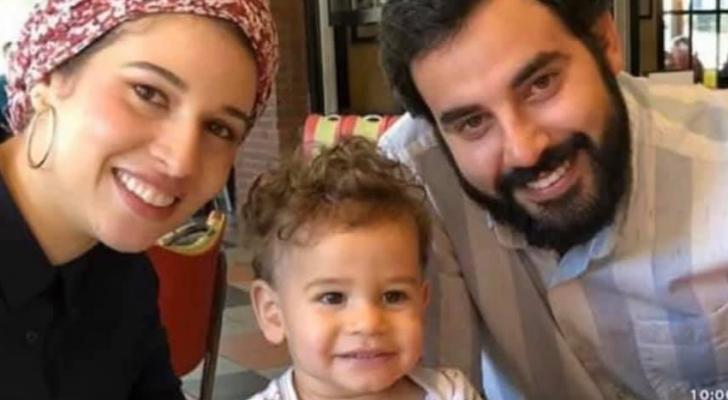 المواطن الأردني يوسف عويضة وزوجته ريحان فيصل دخيل وابنهما عمر
