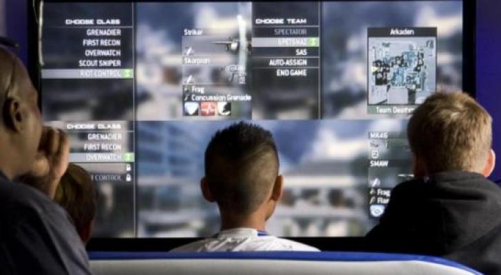 الأمن يدعو الأردنيين لمراقبة أطفالهم عند استخدامهم للإنترنت والألعاب الإلكترونية