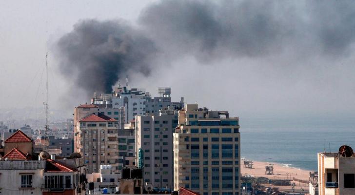 شهيد وإصابات جراء استهداف طائرة مسيرة لدراجة نارية شمال قطاع غزة
