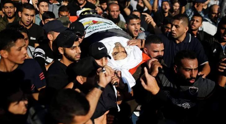 الفلسطينيون يشيعون جثمان الشهيد القيادي في حركة الجهاد الإسلامي بهاء أبو العطا