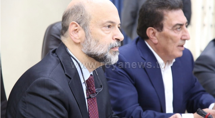 رئيس مجلس النواب عاطف الطراونة ورئيس الوزراء عمر الرزاز