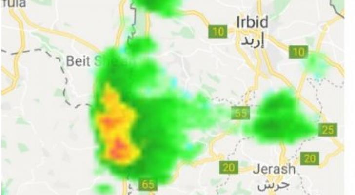 سحب رعدية قوية على الأغوار الشمالية وتحذير من السيول