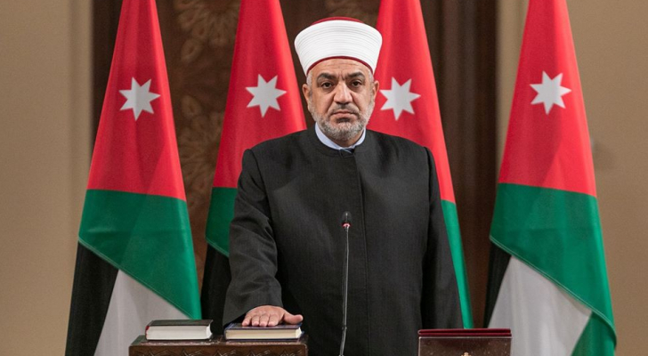 وزير الاوقاف يعلن شمول جميع الأئمة بإكرامية الخطابة